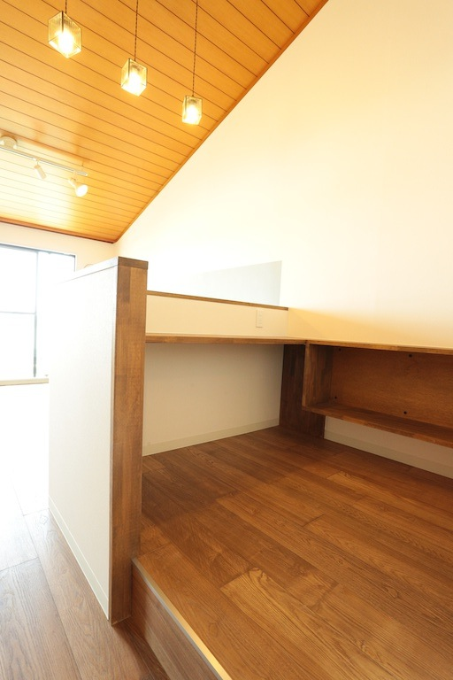 キッチンとなりは、work space