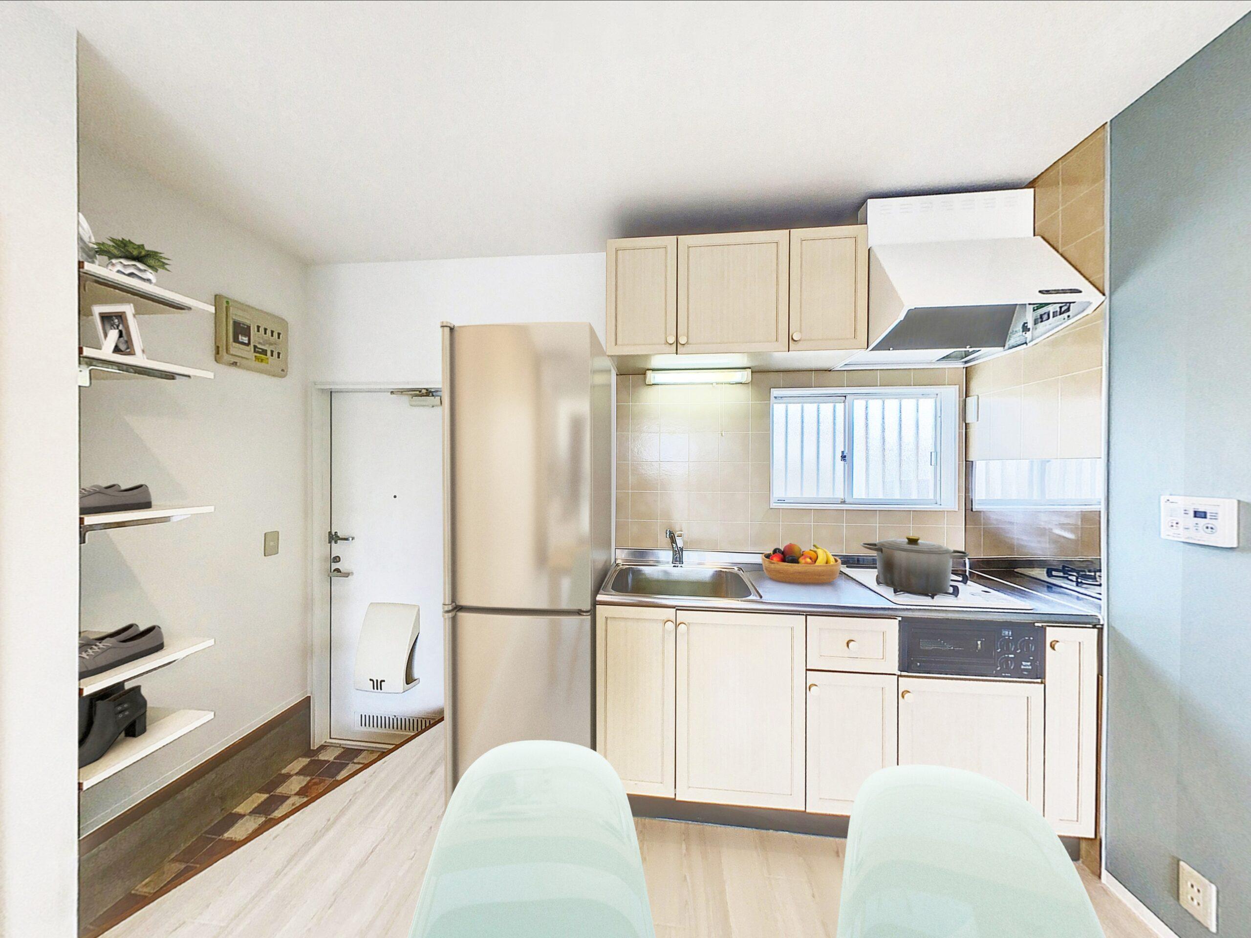 システムキッチンもお部屋に合わせたベージュの可愛らしいデザインです。