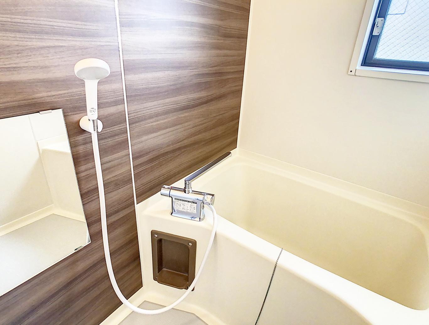 既存利用の浴室もシート加工で新品さながら!